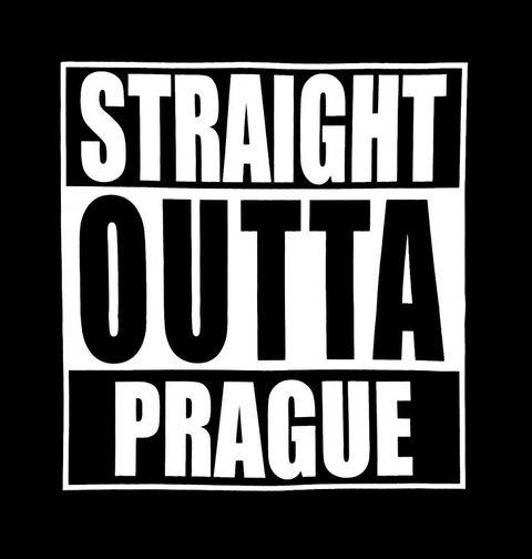 """Obrázek produktu Dámské tričko Přímo z Prahy """"Straight Outta Prague"""""""