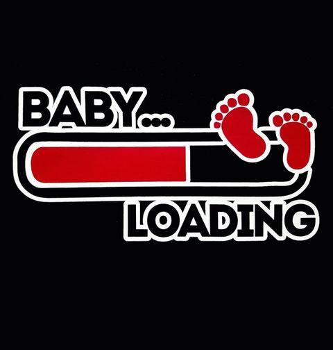 """Obrázek produktu Dámské tričko Baby Loading """"Dítě – Načítání"""""""