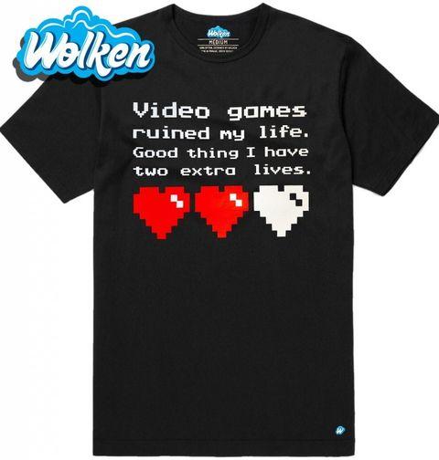 """Obrázek produktu Pánské tričko """"Videohry mi zničily život, naštěstí mám ještě dva životy."""""""